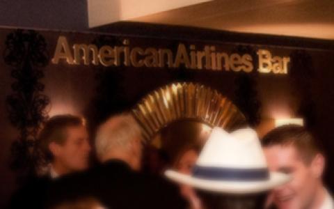 american-airlines-bar.jpg